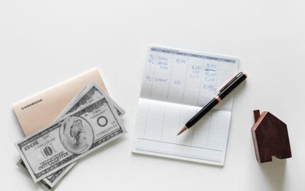 Fiscalité immobilière : qui paie la CFE en location meublée ou nue ?