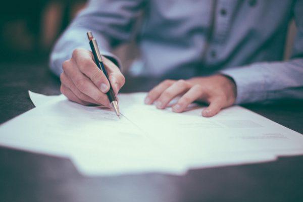 Location et caution, quels documents pouvez-vous exiger ?