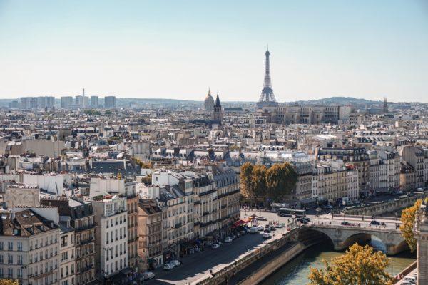 Louer en location meublée à Paris : perspectives et conditions imposées