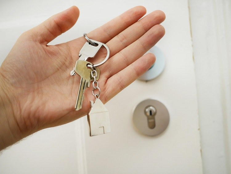 Mon locataire veut sous-louer mon bien ? Quels sont les risques ?