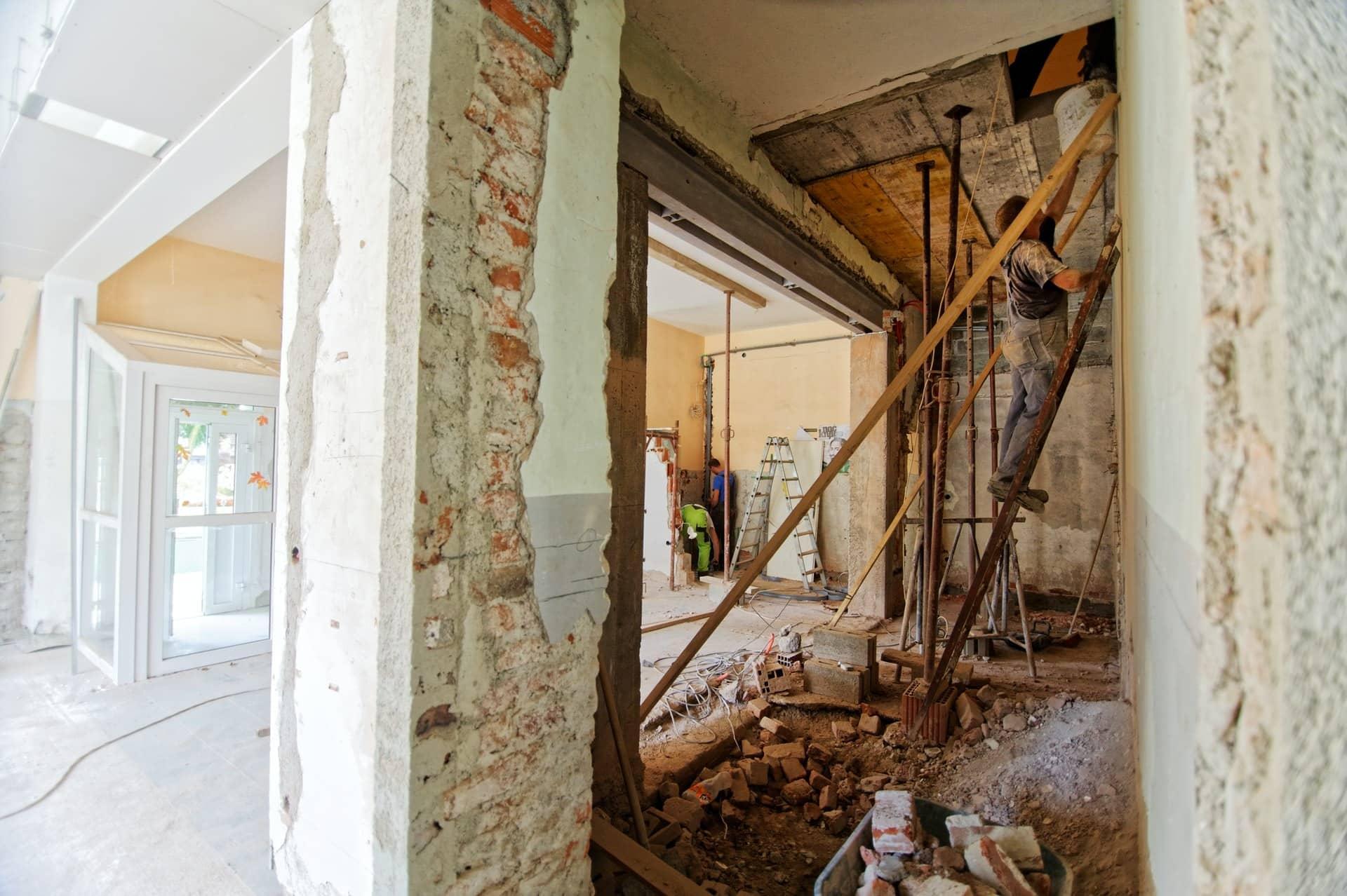 RE2020 appliquée au 1er janvier 2021, vers une obligation de travaux pour les propriétaires bailleurs ?